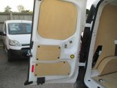 FORD TRANSIT CONNECT 200 SWB - 69 - 10