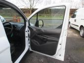 FORD TRANSIT CONNECT 200 SWB - 77 - 18