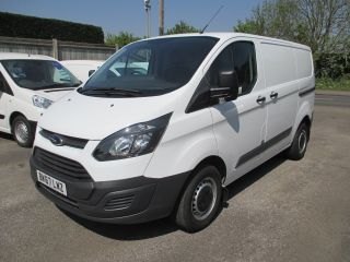 Used FORD TRANSIT CUSTOM in Shepperton, Middlesex for sale